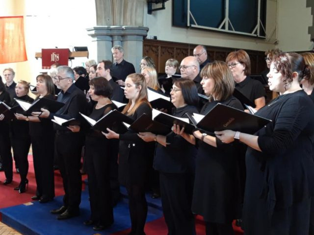 Choir singing improves health and happiness