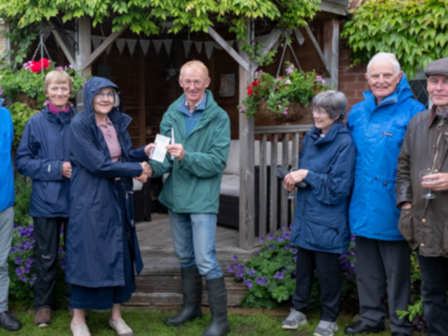 Southwell Gardening Club donates proceeds of Open Gardens Event